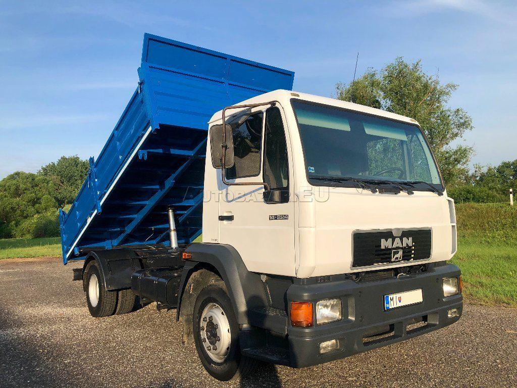 Sklápěcí nákladní automobily