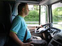 UNTRR cere Guvernului să aloce fonduri pentru formarea a 20.000 de șoferi profesioniști