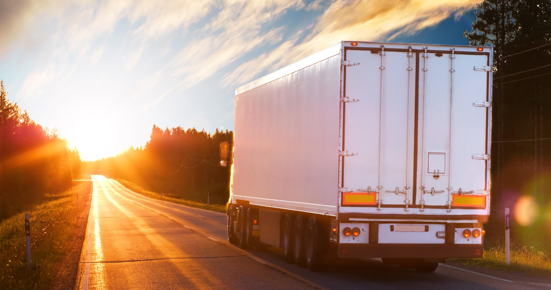 Restricții de trafic pentru camioane în Europa în luna martie