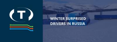 Zima překvapila řidiče v Rusku. Jejich kamiony uvízly v řece