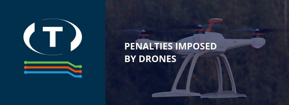 Spanyolországban drón osztogatja a bírságokat.