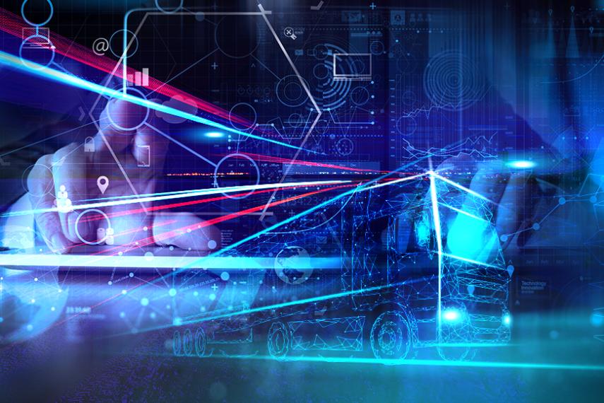 Grâce à l'intelligence artificielle les plateformes logistiques numériques peuvent recréer les modèles en analysant les ordres de fret terminés. Si le volume de données est suffisamment important, les algorithmes peuvent calculer des propositions de prix conformes au marché, et les expéditeurs, les affréteurs ou les transporteurs peuvent les consulter afin d'améliorer considérablement leur position de négociation. En tant que l'une des plus grandes plateformes logistiques numériques en Europe, Trans.eu est l'un des pionniers dans ce domaine. L'intelligence artificielle peut rendre les gens heureux : les sites de rencontres ont découvert il y a longtemps l'apprentissage automatique pour améliorer les résultats de recherche de cœurs solitaires. Grâce à des investissements massifs dans la publicité et la technologie, les principaux fournisseurs de ce segment ont gagné des parts de marché et un nombre d'utilisateurs élevés. Parship à lui seul, compterait plus de 4,5 millions de membres, ce qui donne aux algorithmes une base de données vraiment solide. Mais il n'y a pas que le bonheur privé qui profite des acquis de la numérisation. La recherche de partenaires de transport appropriés et la détermination de prix de fret équitables peuvent également être optimisées par des algorithmes intelligents. Ici aussi, la qualité des résultats dépend de la quantité de données disponibles. Plus le nombre de commandes de fret traitées est élevé, plus l'algorithme peut l'utiliser pour son travail - et plus ses résultats seront précis. Apprendre des données La plateforme logistique Trans.eu, qui opère dans toute l'Europe, s'appuie ici sur les données résultant des activités quotidiennes de 40 000 entreprises de toute taille du secteur transport et logistique. Ce pool de données est analysé automatiquement. Trans.eu a développé un algorithme puissant qui « apprend » le comportement des acteurs du marché en utilisant des données du passé. Sur cette base, un modèle est créé qui peut être u